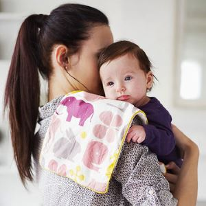 Основные позы ношения ребенка на руках