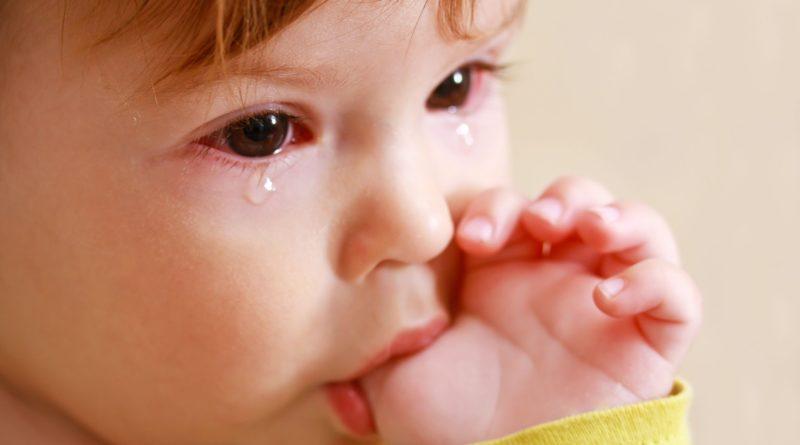 Ячмень у ребенка
