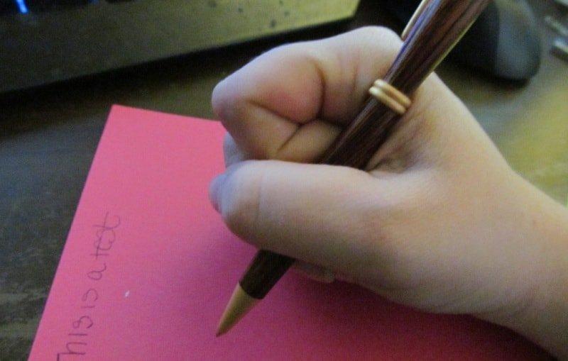 Чем чревато неправильное держание карандаша