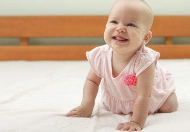 Ребенок в 8 месяцев: календарь развития