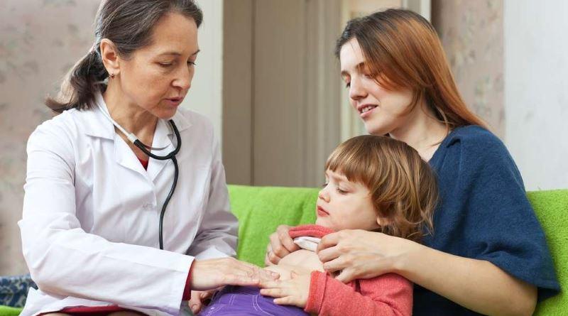 Почему у ребенка болит живот