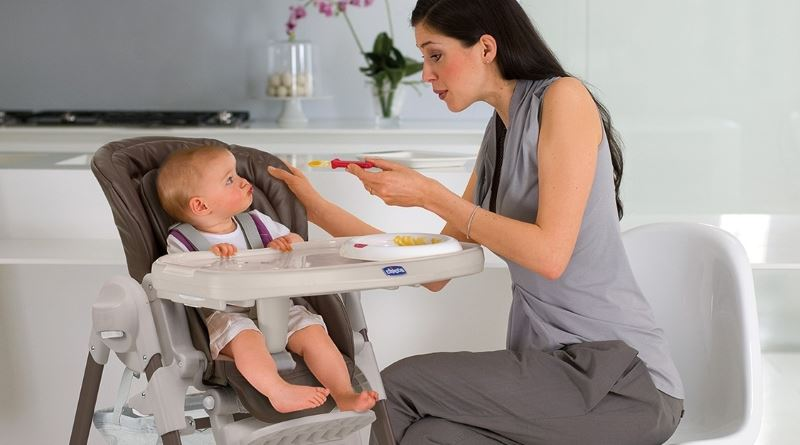 6 критериев выбора лучшего стульчика для кормления малыша