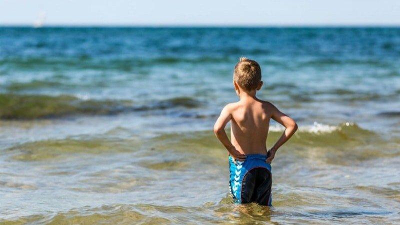Не следят за детьми при их самостоятельном купании