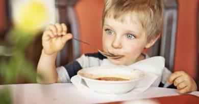3 способа познакомить ребенка с блюдами из гороха