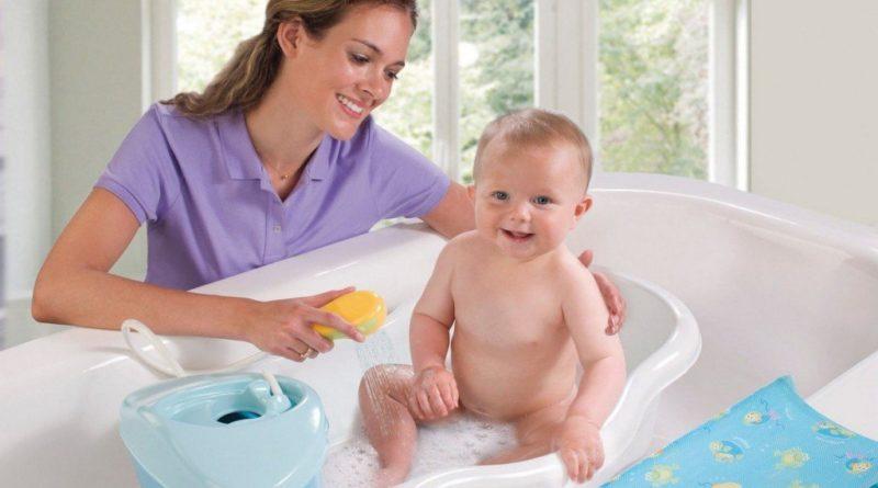 Как подмывать мальчика