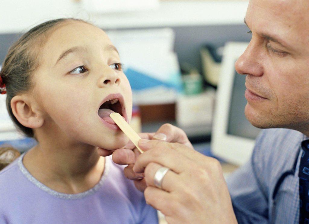 Аденоидит у ребенка