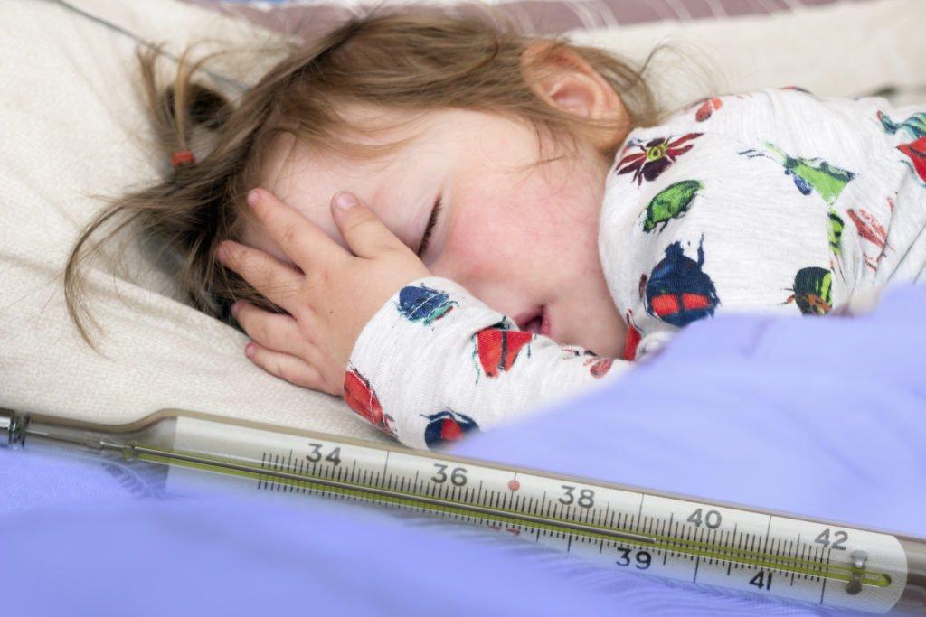 Причины фебрильных судорог и их проявление