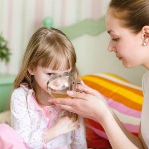 Как сбить температуру у ребенка в домашних условиях