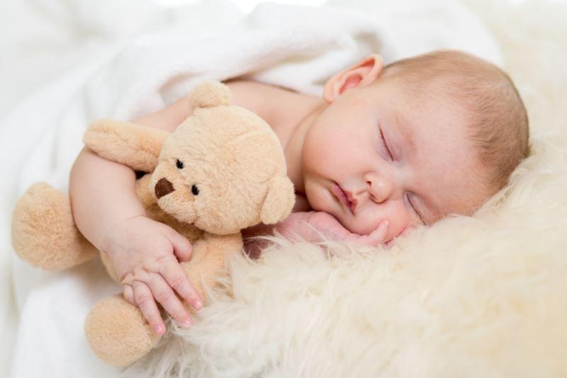 Не могу уложить новорожденного спать