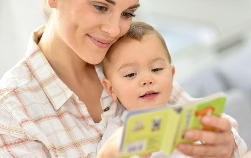 Чем занять ребенка в 1 или 2 года?