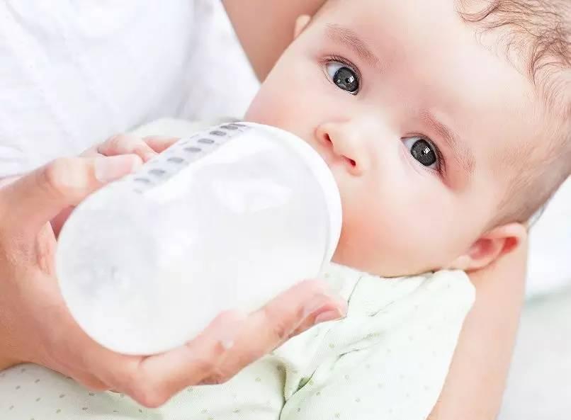 Как давать козье молоко