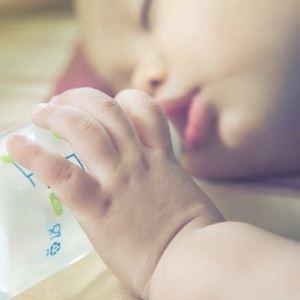 Как отучить ребенка от бутылочки ночью