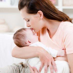 Что значат мамины руки для ребёнка