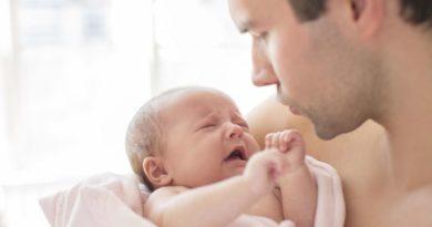 Выделения из половых путей у новорожденный девочек