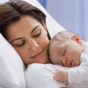 Нужно ли прописывать новорождённого ребёнка