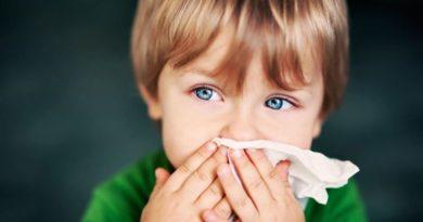 Что делать, если у ребенка рвота с кровью