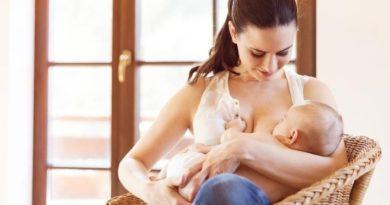 Топ-8 поз для кормления детей грудью