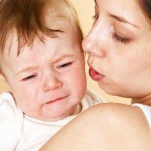 Причины боли в ушках