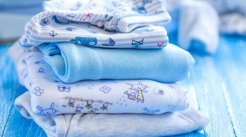 Чем стирать вещи новорожденного в стиральной машине: важные советы
