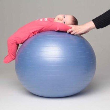 упражнений на фитболе для грудничков