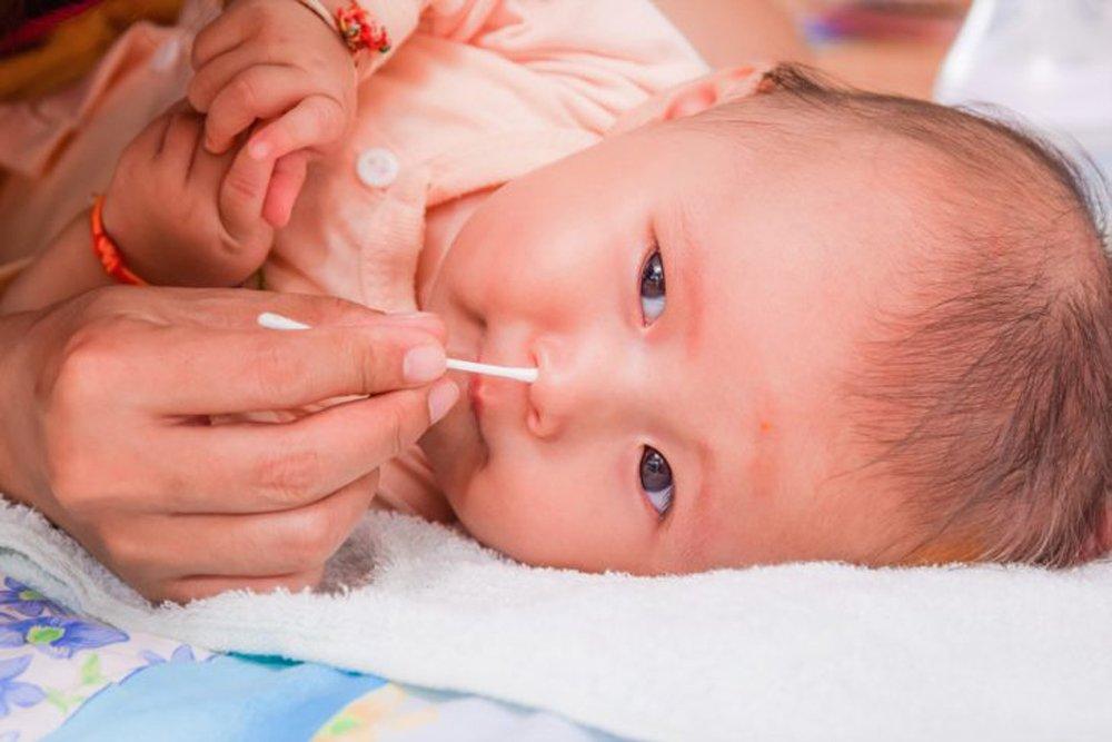 ребенок засунул в нос семечку что делать