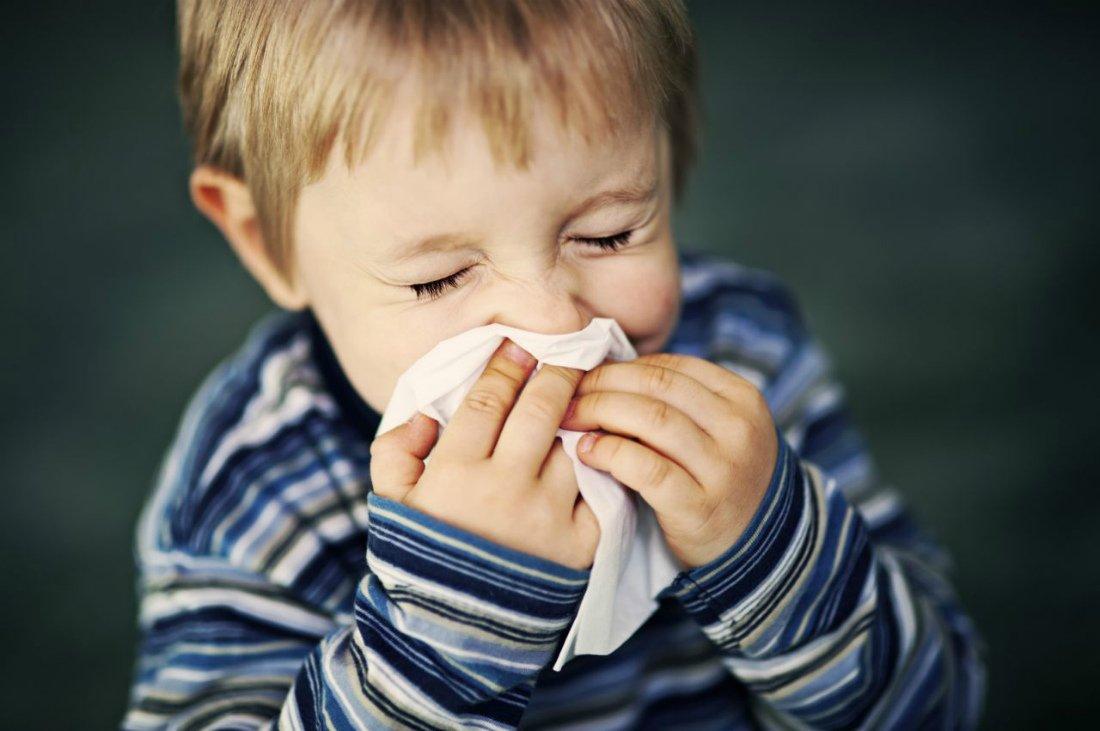 Ринит у ребенка Причины и лечение насморка у детей