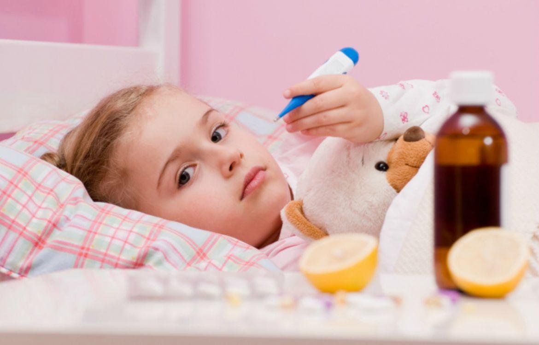 Грипп у детей: как он проявляется, как лечить и защитить ребенка