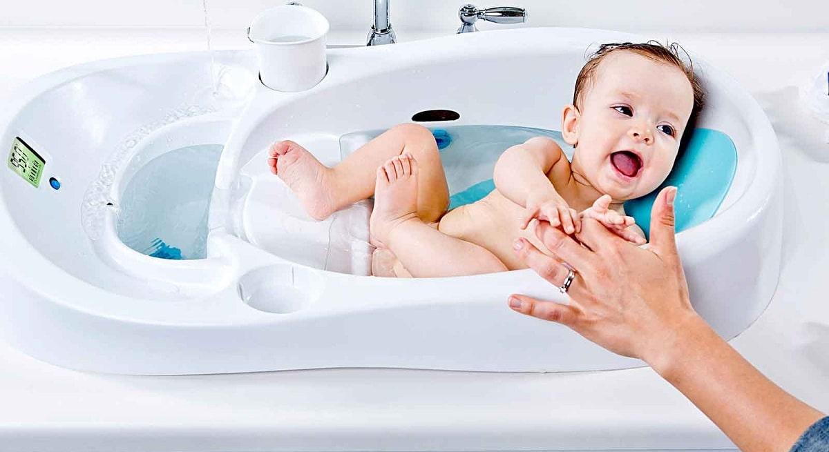 Детская ванночка для купания новорожденных детей