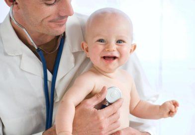 6 специалистов, которых обязательно нужно пройти с ребёнком в 1 год