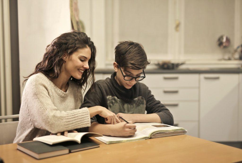 Как повысить самооценку ребенку: советы психолога